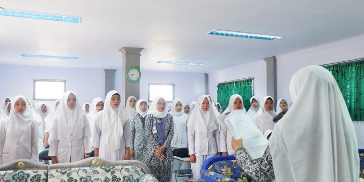 Pengucapan Sumpah dan Janji Bidan 2019